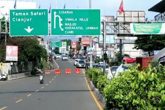 Lalu lintas kendaraan Jakarta-Puncak ramai lancar