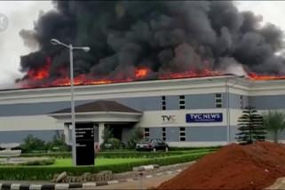 Stasiun TV terbakar dalam aksi kekerasan Nigeria