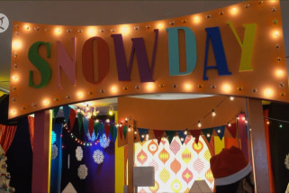 Snowday Dallas digelar di Galleria Mall Texas