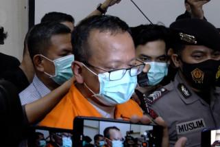 Edhy Prabowo mundur dari kabinet dan partai setelah penetapan tersangka