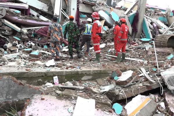 BNPB sebut status gempa Sulbar tanggap darurat bukan ...