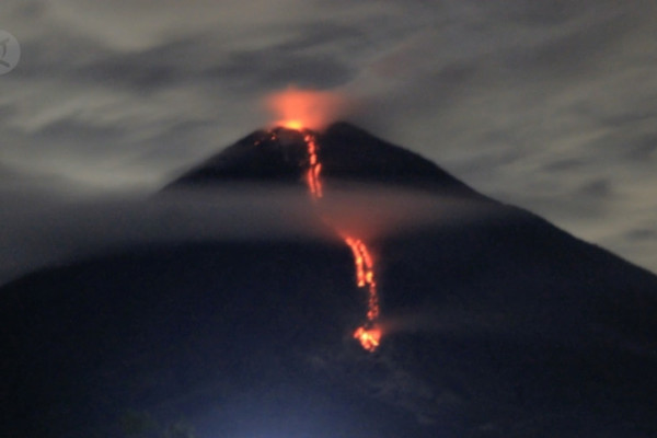 Erupsi Gunung Semeru Abu Vulkanik Guyur Sejumlah Wilayah