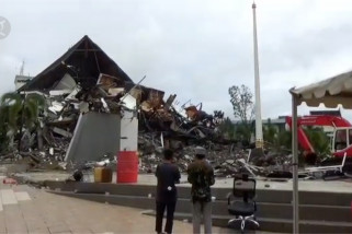 Ribuan warga luka berat dan 42 korban meninggal dunia
