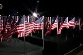 Ribuan bendera mewakili warga Amerika pada pelantikan Biden – Harris