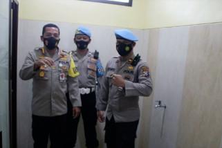 Tes urine anggota polisi Kota Malang untuk antisipasi penggunaan narkoba