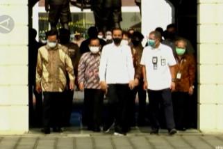 Tinjau vaksinasi di Yogyakarta, Presiden berharap ekonomi segera pulih