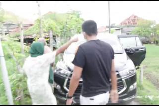 Petugas BNN dihadang massa saat buru bandar di Madura