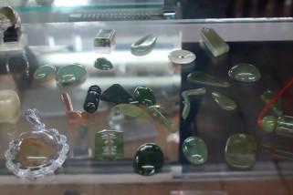 Ragam kreasi batu giok dari Tanah Rencong