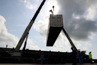 Roket untuk misi stasiun luar angkasa China tiba di lokasi peluncuran