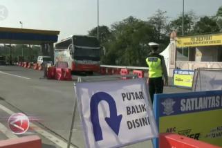 Coba masuk ke Malang, 150 kendaraan diminta berputar balik
