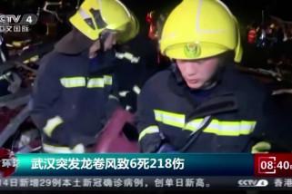 Wuhan porak-poranda diterjang tornado