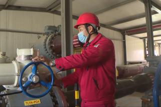 Mengintip kegiatan petugas patroli jaringan pipa gas di Gurun Taklimakan