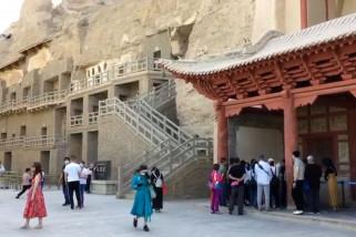 Melongok gua seribu Buddha di tengah Gurun Gobi