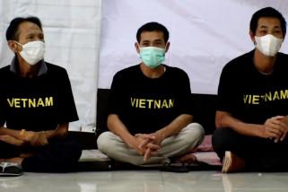 Imigrasi Pontianak deportasi 27 pencuri ikan asal Vietnam
