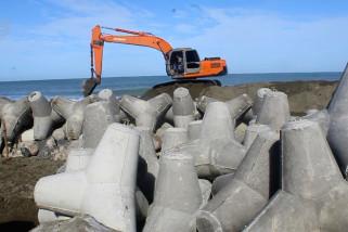 Proyek tanggul pemecah ombak di Aceh Barat dilanjutkan