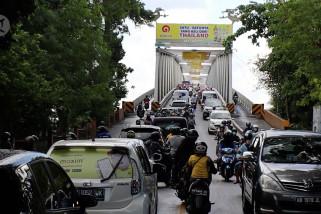 Dampak sosial ekonomi pembangunan jembatan duplikasi Kapuas 1
