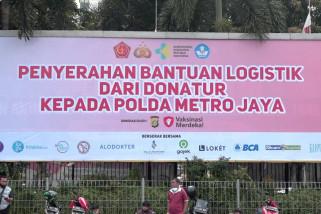 Polda Metro terima donasi logistik Vaksinasi Merdeka
