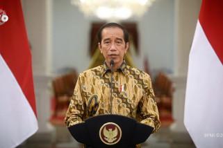 Presiden perpanjang PPKM level 4 dengan penyesuaian