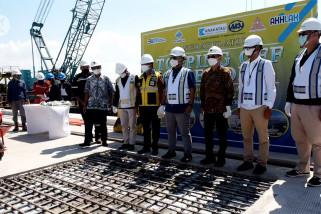 Pelindo III panjangkan dermaga Teluk Lamong