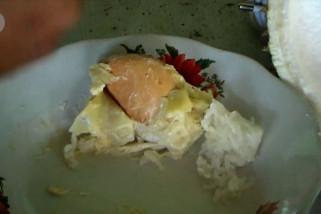 Menikmati durian dengan lemang khas Aceh