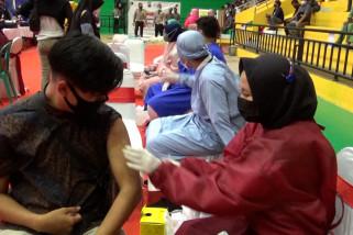 Bahu membahu kejar kekebalan kelompok melalui vaksinasi