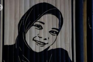 Sketsa wajah dari bambu hasilkan jutaan rupiah