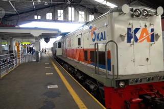 PT KAI Daop 2 Bandung kembali operasikan kereta api lokal
