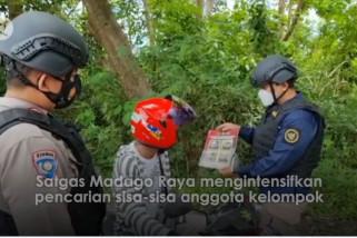 Satgas Madago Raya sebar selebaran foto sisa anak buah Ali Kalora